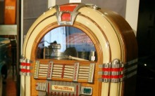 Jukebox 220x137 Copyright: Holding back the torrent