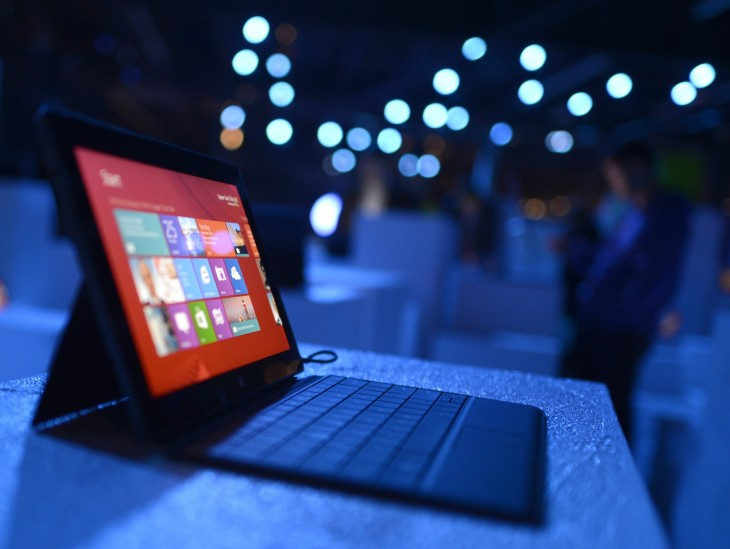 Microsoft Surface tablet at Windows 8 launch event via getty images 730x549 2012s biggest tech news in pictures