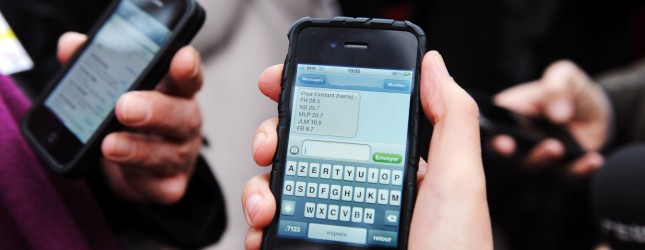 People receive sms on their mobile phone
