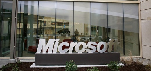 2013 01 10 11h15 09 520x245 Microsoft received 35,083 government requests for data impacting 58,676 accounts in the second half of 2013