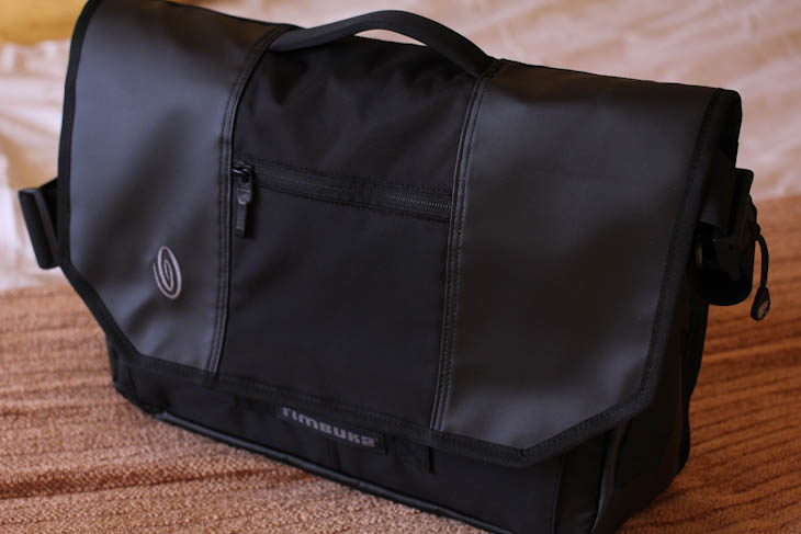 ces 14 With 18% of bag ordering on iPad, Timbuk2 launches HTML5 customization tool and 3 Apple Store exclusives