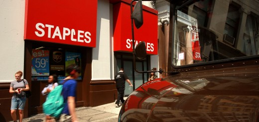 Staples Second Quarter Profit Drops 16 Percent