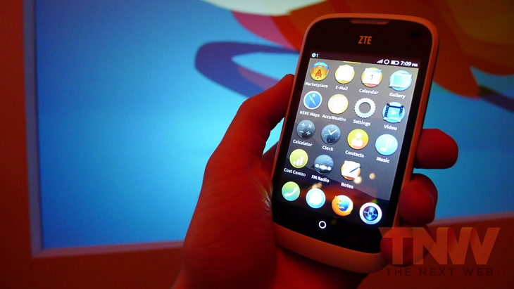 Zte1wtmk1 Hands on with Firefox OS: ZTE Open and Alcatel One Touch Fire
