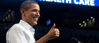 US President Barack Obama gives a thumbs
