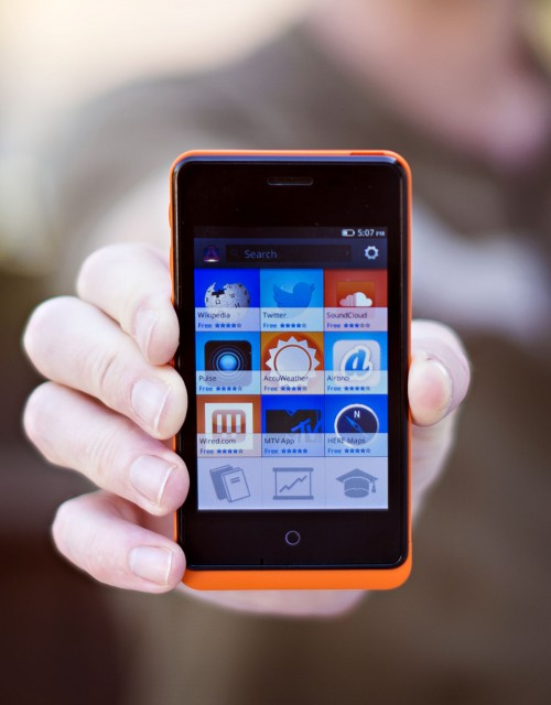 GeeksphoneDOFMarket 500x640 Mozilla courts app developers to Firefox OS with free Geeksphone Keon handset ahead of launch