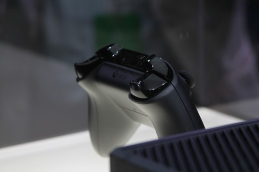 IMG 7955 520x346 Eyes on the Xbox One: An edgy beast with a new controller and Kinect sensor