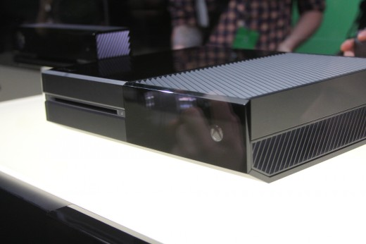 IMG 7959 520x346 Eyes on the Xbox One: An edgy beast with a new controller and Kinect sensor