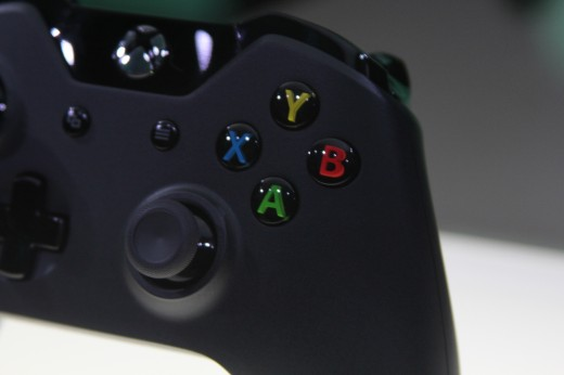 IMG 7968 520x346 Eyes on the Xbox One: An edgy beast with a new controller and Kinect sensor