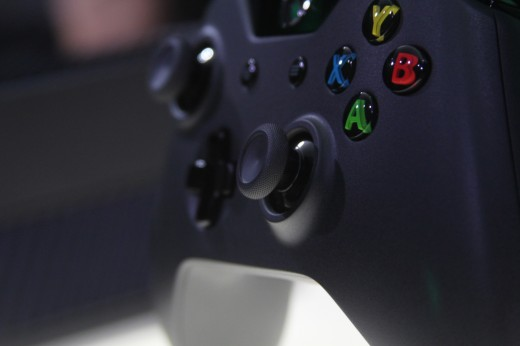 IMG 7971 520x346 Eyes on the Xbox One: An edgy beast with a new controller and Kinect sensor