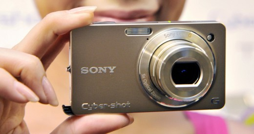 sony camera 520x275 The demise and rebirth of compact cameras
