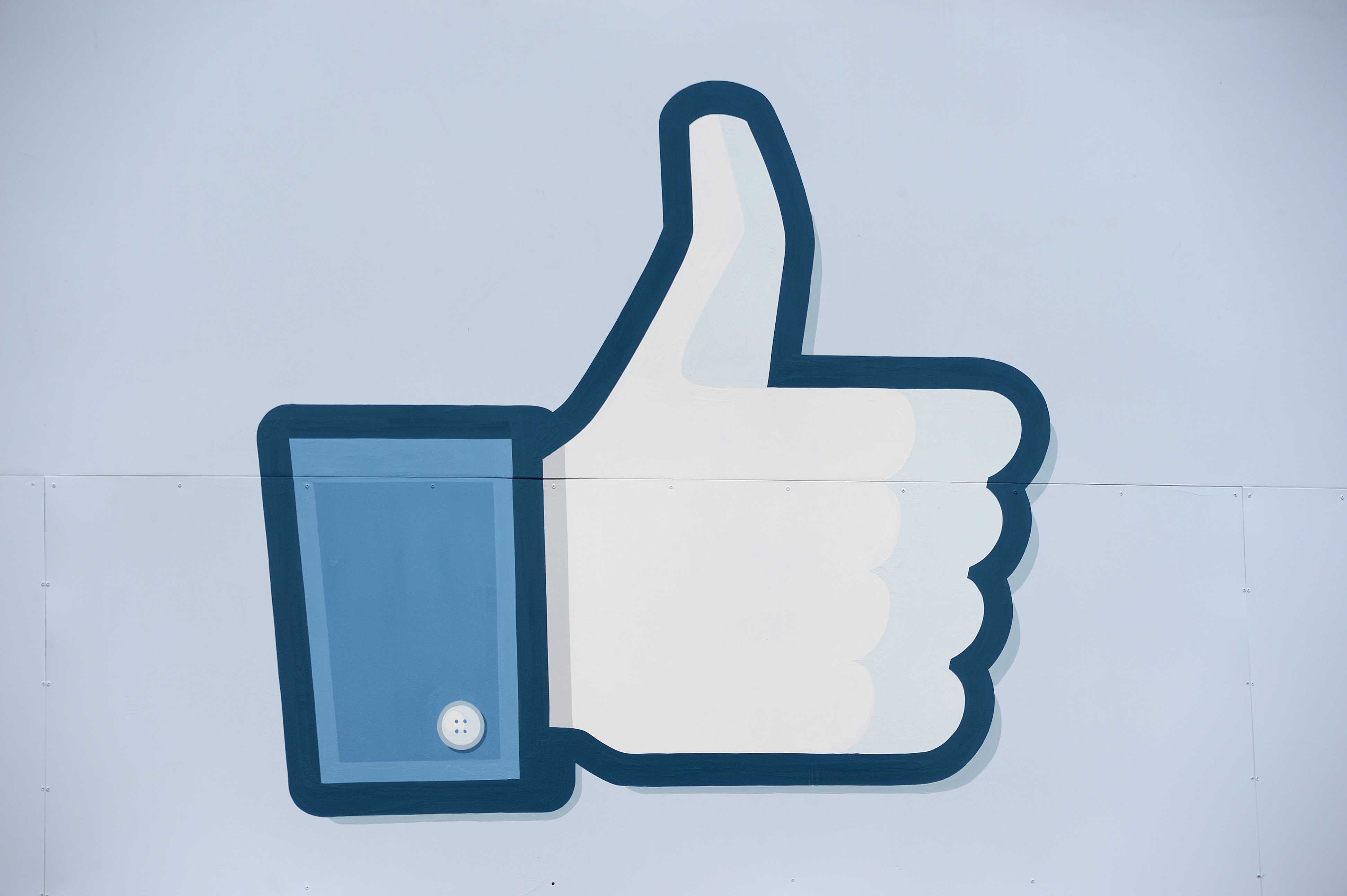 Facebook Test Suggested Notifications on Liked Pages