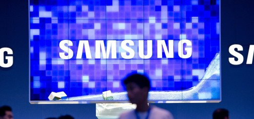 Samsung says it will launch Tizen phones before August, but Android still its 'main business'