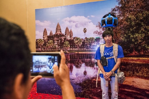Street View trekker3 Cambodia 520x346 Google brings Street View to Cambodia and begins photographing historic Angkor Wat site