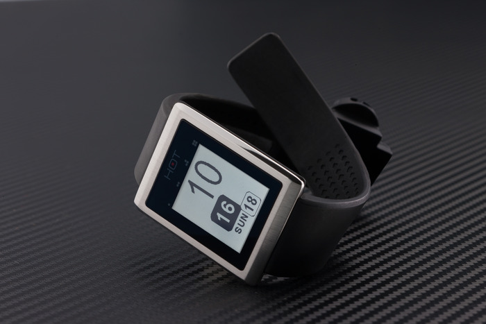 HOTwatch 16 smartwatches you should know about (and 5 that missed their crowdfunding goals)