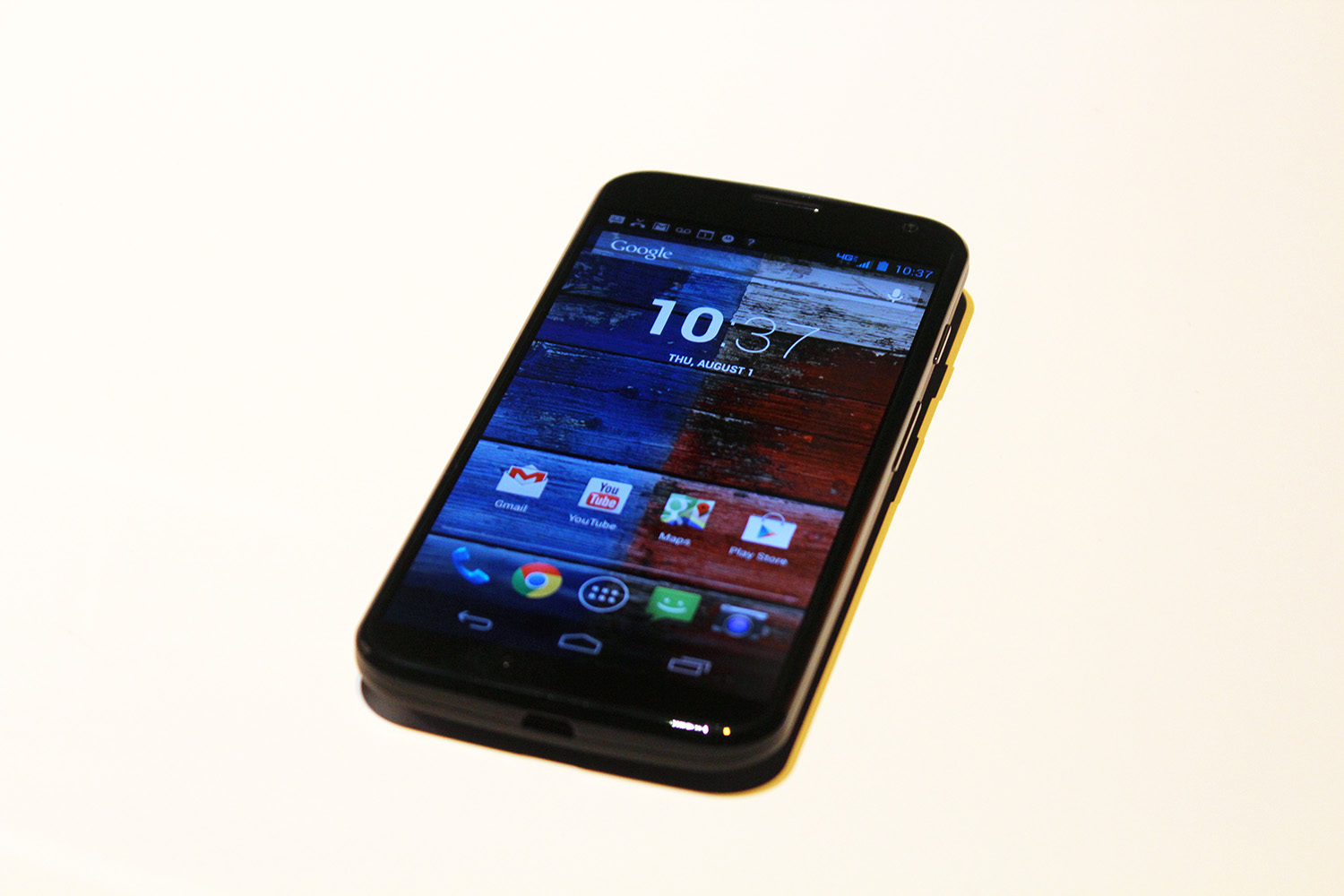 IMG 3075 Hands on with the Moto X: You wont lust after it, but its a solid smartphone