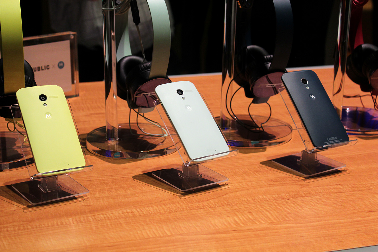 IMG 3096 Hands on with the Moto X: You wont lust after it, but its a solid smartphone