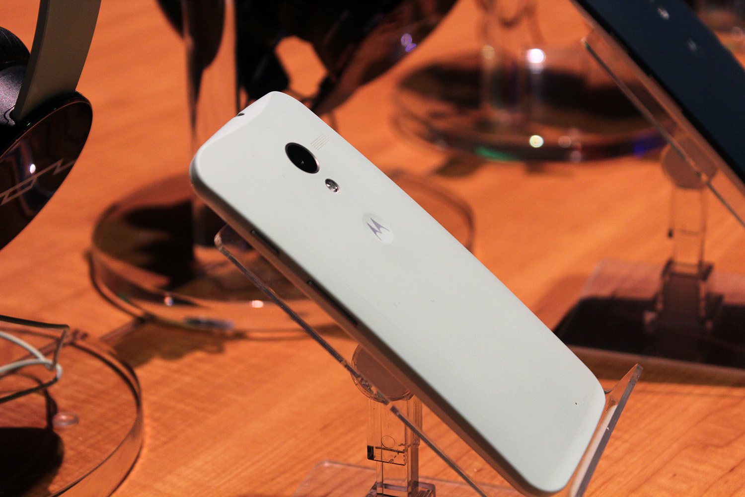 IMG 3097 Hands on with the Moto X: You wont lust after it, but its a solid smartphone