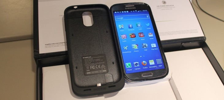 e2 730x327 Hands on with the Mophie Juice Pack for Samsung Galaxy S4, an all in one case and battery pack
