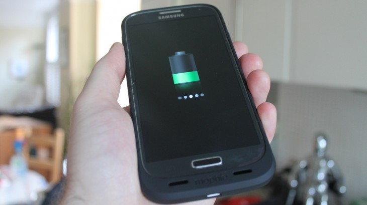 f2 730x409 Hands on with the Mophie Juice Pack for Samsung Galaxy S4, an all in one case and battery pack