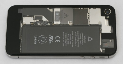 transparentpanel 3 520x273 Show off the innards of your iPhone 4 and iPhone 4S with iFixits updated transparent rear panel
