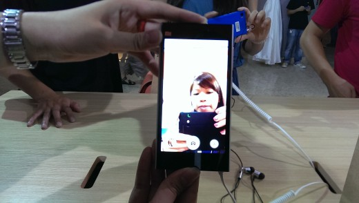 Mi 3 4 520x294 Hands on with the Xiaomi Mi 3 Android phone: Packed with impressive features but disappointingly plasticky
