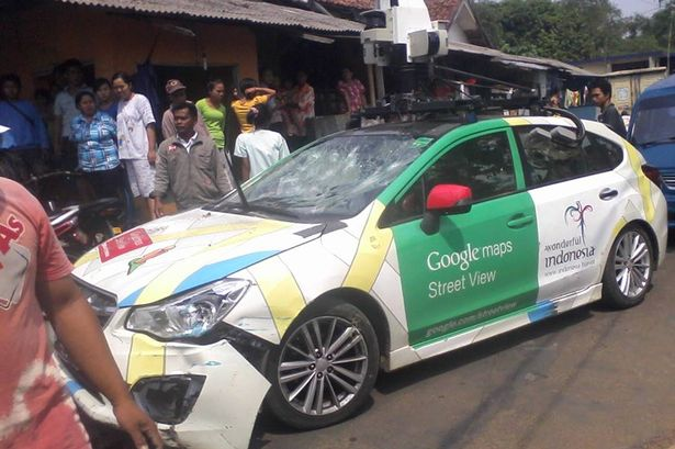 gsv indo2 Google Street View car crashes into TWO minivans and a parked vehicle   driver runs off [Photos]