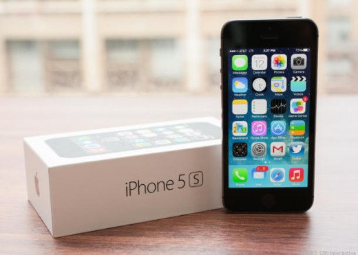 iphone5s 520x371 Roundup: Heres what the first reviews say about the iPhone 5s and iPhone 5c