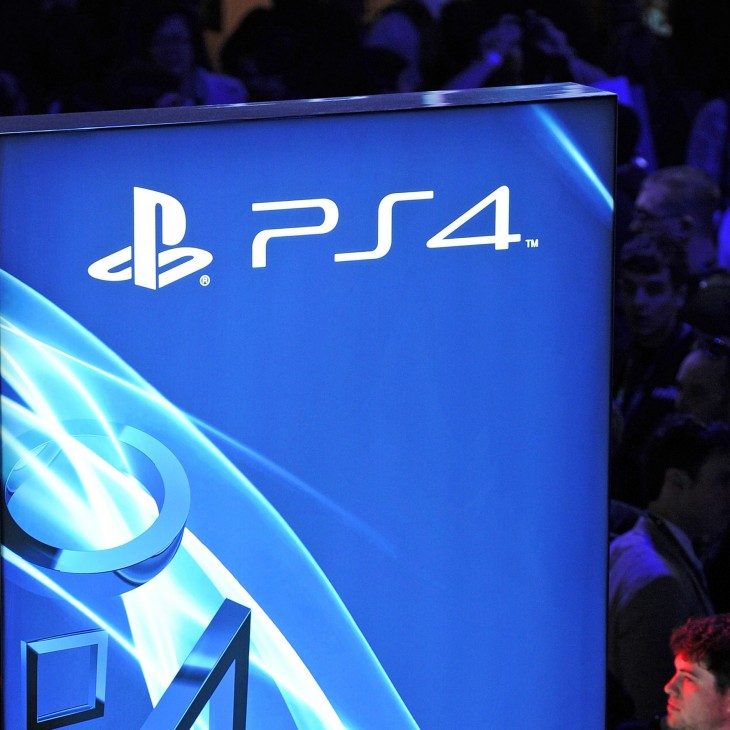 ps4 crop 730x730 Sony sets ambitious target of 5 million PlayStation 4 sales by the end of March 2014