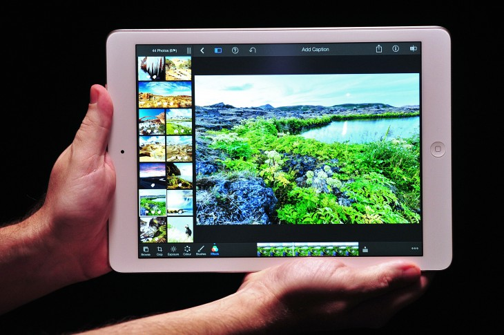 185582066 730x485 Roundup: The first hands on reviews are full of praise for Apples iPad Air
