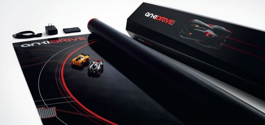 Anki-Drive-Starter-Kit-(3×4-view-on-white-background)