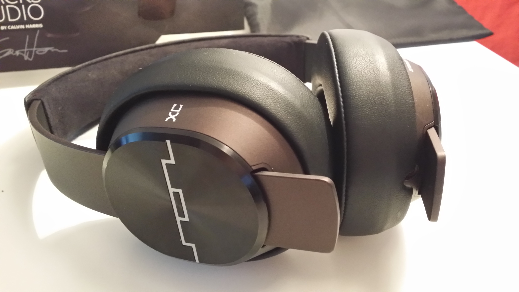 MasterTracksXCFeat Master Tracks XC review: Are Sol Republics $250 Calvin Harris tuned headphones worth the cash?