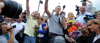 RUSSIA-POLITICS-VOTE-RIGHTS-NAVALNY-MAYOR