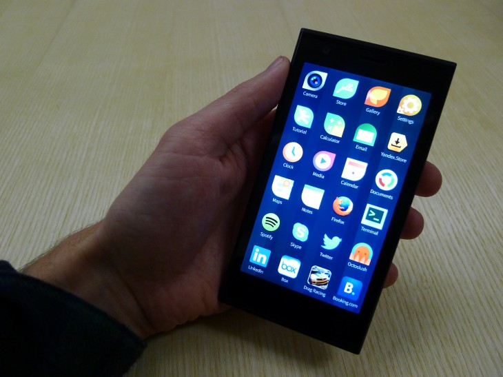 P1040748 730x547 Jolla hands on: A closer look at the first Sailfish OS powered smartphone