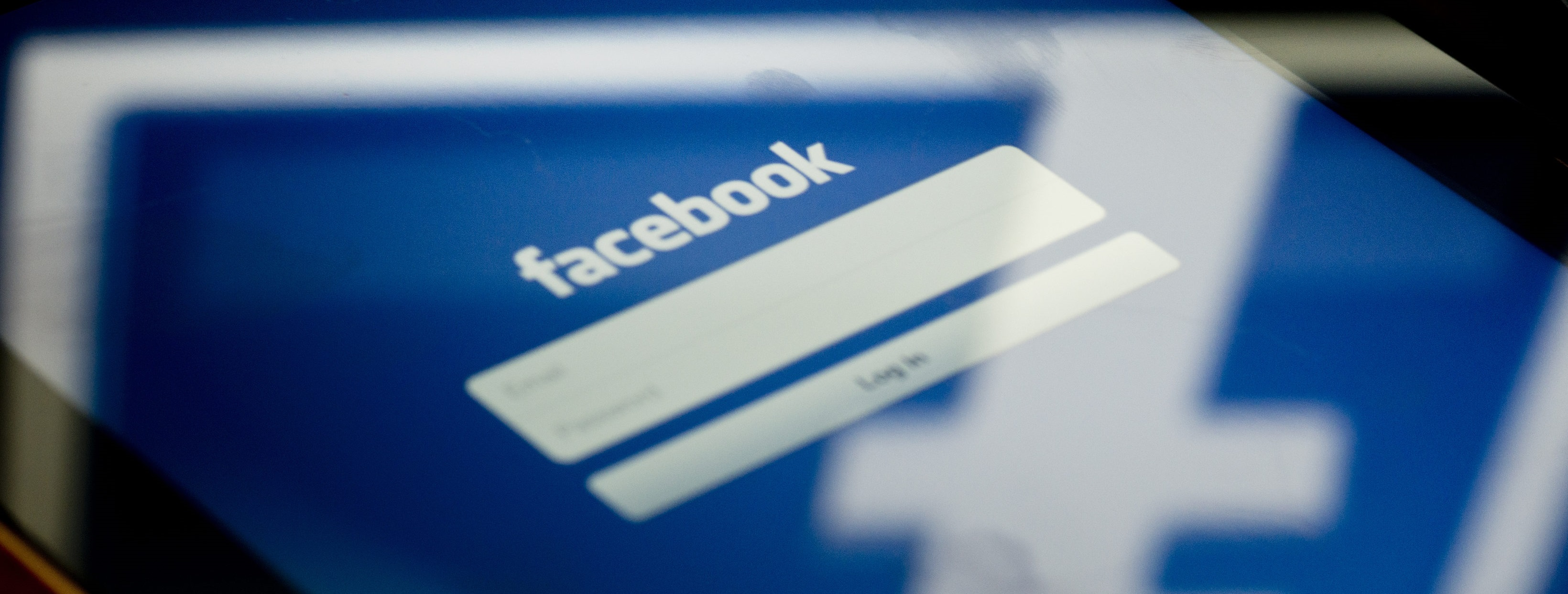 Facebook Mobile App Ads to Include Social Context