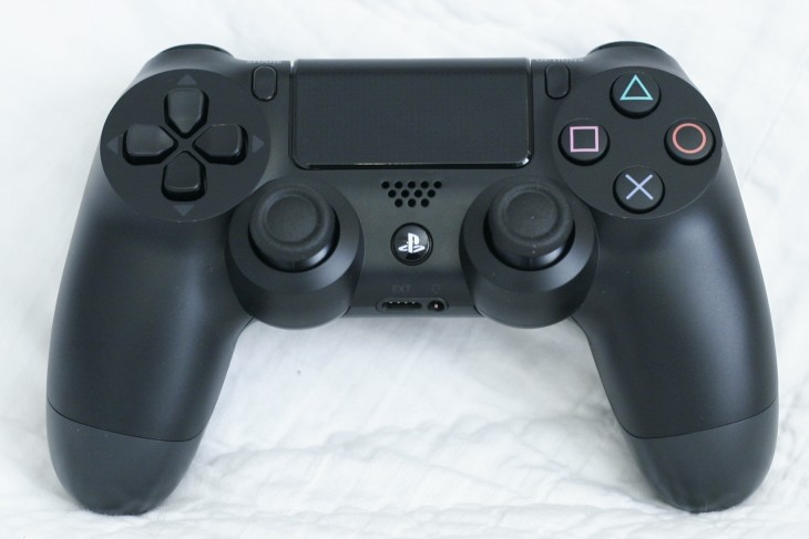 ps4 dualshock4 730x487 PlayStation 4 first impressions: A shaky launch, but plenty of potential