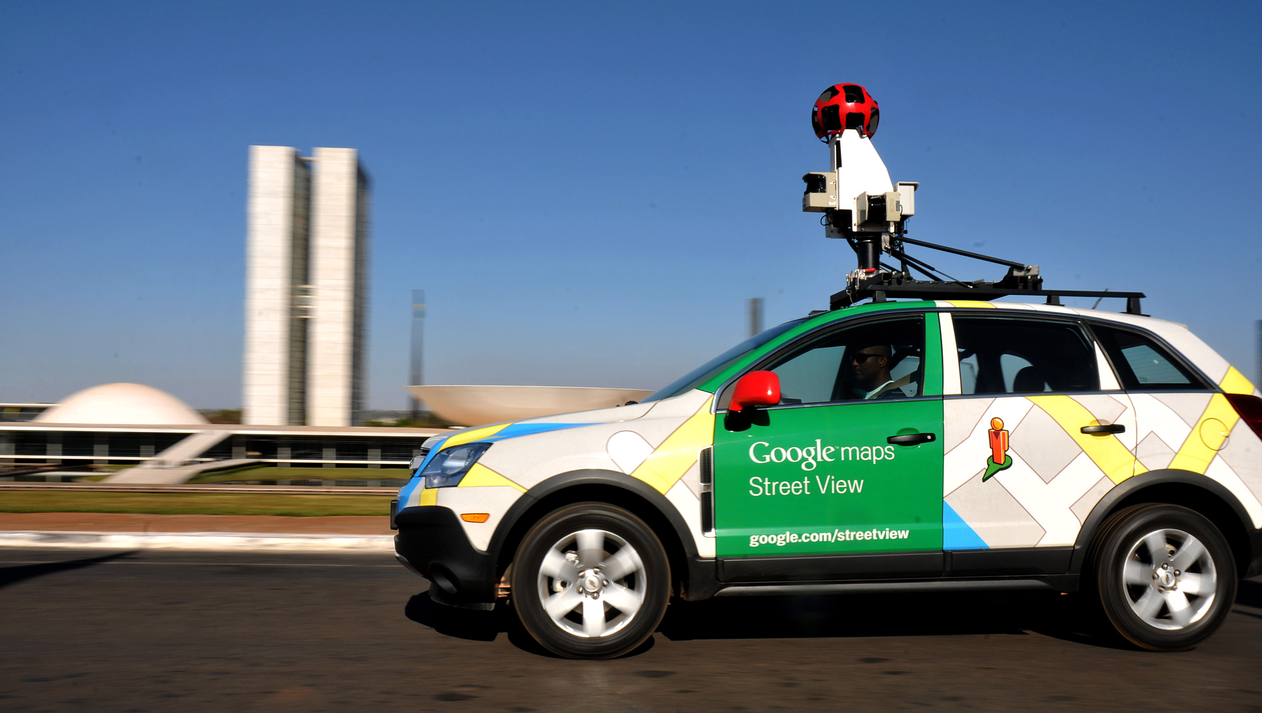 Google now lets you create your own Maps Street View using Photo Sphere or your dSLR camera