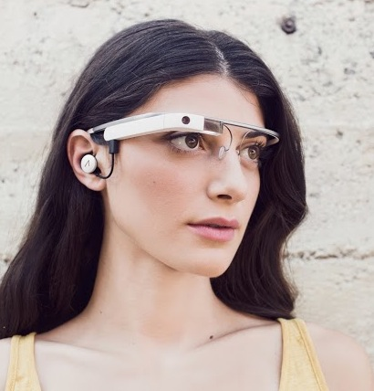 earbud1 Google Glass Explorers can finally get their hands on the new Glass