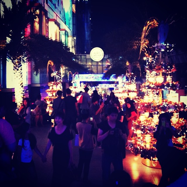 ig9 Why is a shopping mall in Thailand Instagrams most photographed place in 2013?