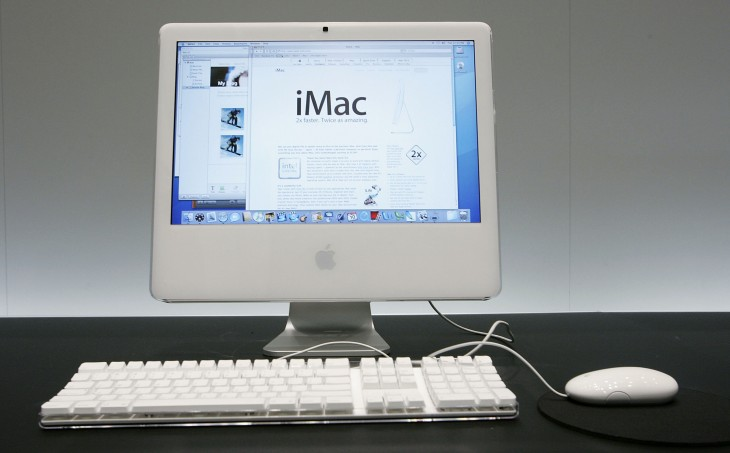 24 imac intel 730x453 30 years in 33 photos: A visual history of the Apple Mac