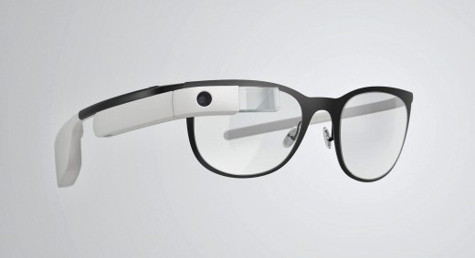 glass4 520x283 Google Glass can now be used with regular glasses after Google introduces $225 frames