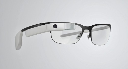 glass6 520x283 Google Glass can now be used with regular glasses after Google introduces $225 frames