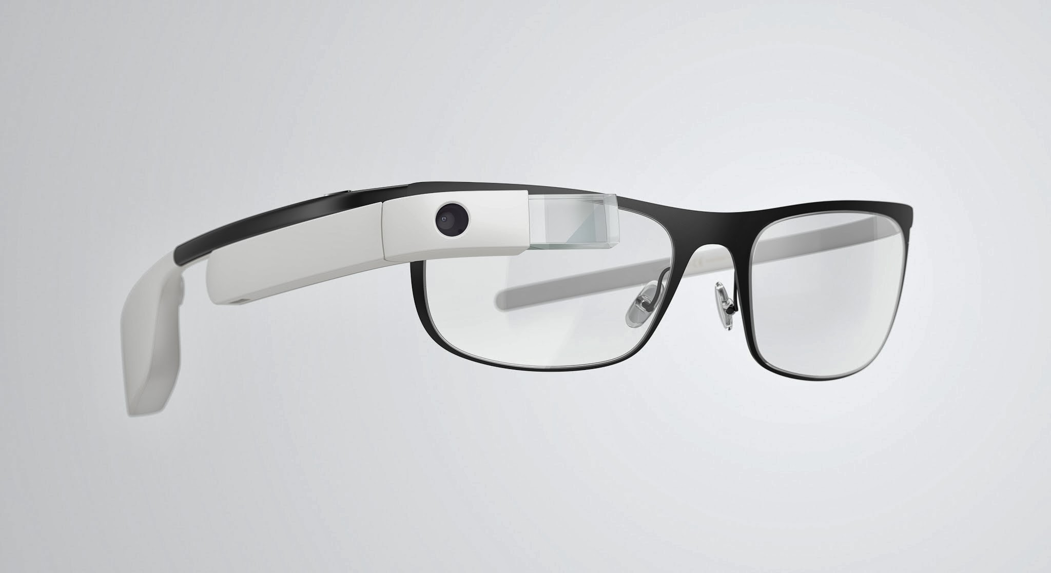 glass7 Google Glass can now be used with regular glasses after Google introduces $225 frames
