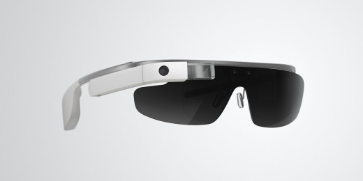 glass8 520x260 Google Glass can now be used with regular glasses after Google introduces $225 frames