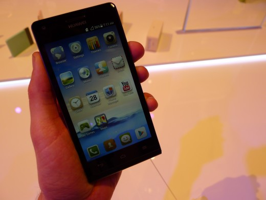 P1040953 520x390 Huawei unveils the Ascend G6, a skinny 4G enabled Android smartphone