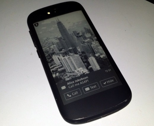YotaPhone2 520x425 Hands on with the new dual screen, e ink equipped, Android powered YotaPhone