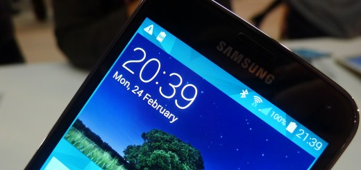 gs4croplo 520x245 Samsung Galaxy S5 hands on: Is the fingerprint scanner and heart rate monitor just a gimmick?