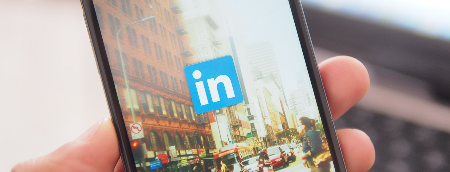 LinkedIn Behind the Scenes: On Evolving into a Mobile Platform