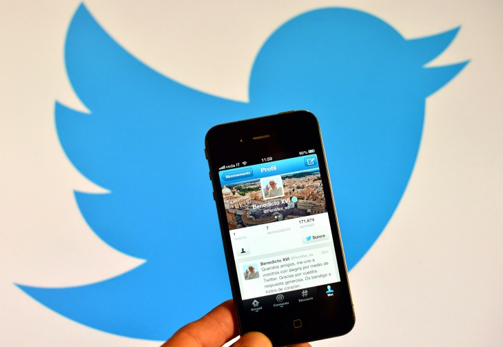 158252673 730x503 Twitter wants to encourage a better mix of public tweets and private messaging