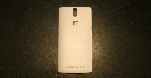 0429 cyanogen 14 520x270 OnePlus One gets more customizable with theme store and smart photo gallery app