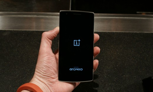 0429 cyanogen 4 520x313 OnePlus One gets more customizable with theme store and smart photo gallery app